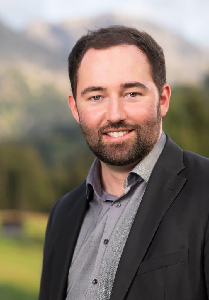 Hochzeitsfotograf Moritz Fähse - Porträt in den Bergen