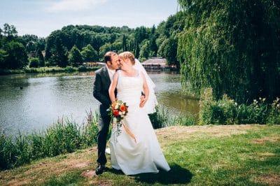 Hochzeitsfoto von Christina und Martin in Bad Iburg im Stadtpark Hochzeitsfotograf Osnabrück